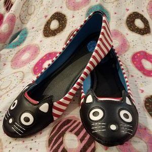 Tuk striped cat shoes modcloth flats T.U.K.